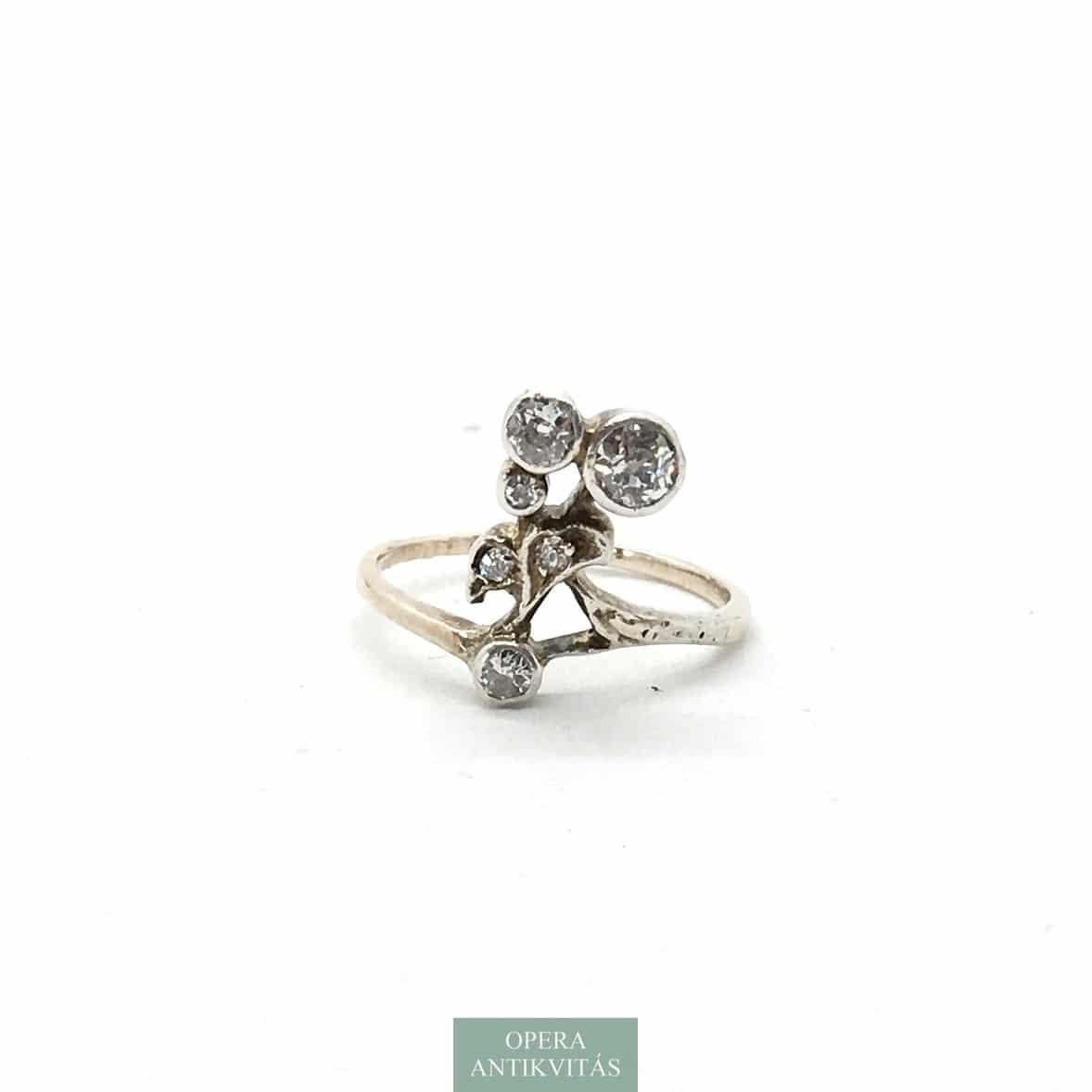 szecessziós gyűrű