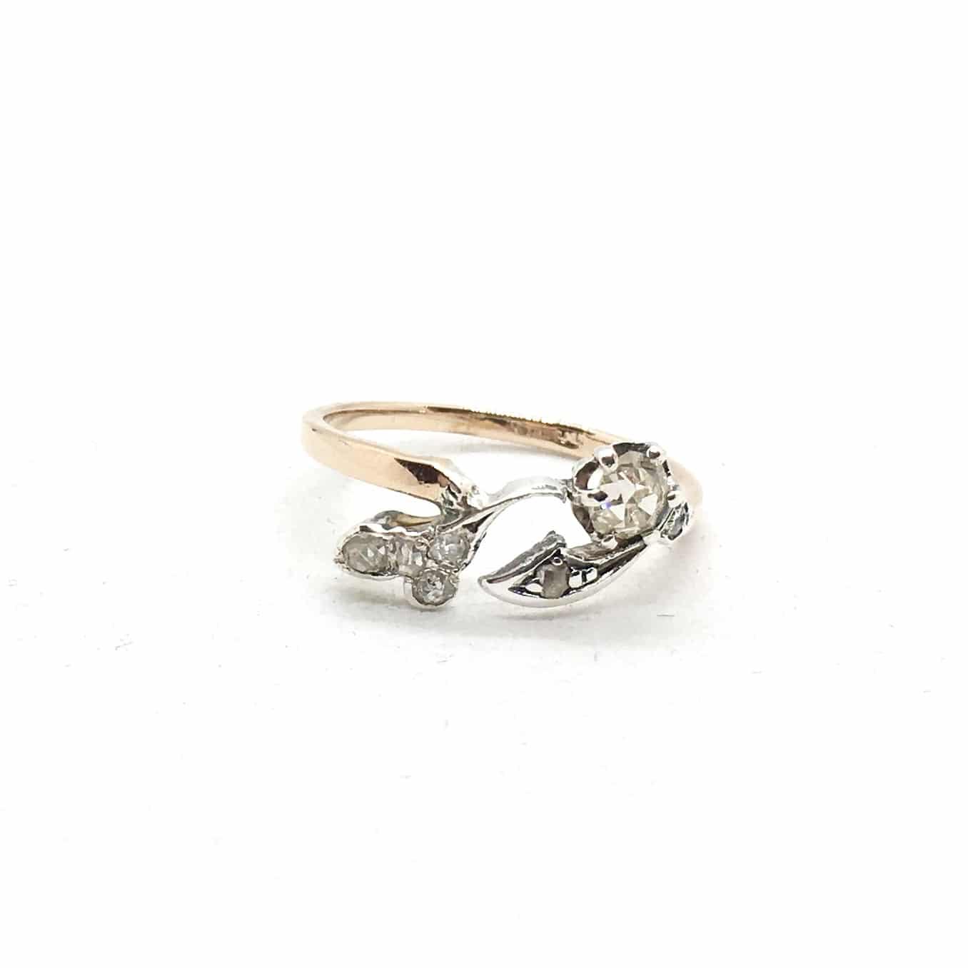 SF67. Szecessziós arany gyűrű gyémántokkal