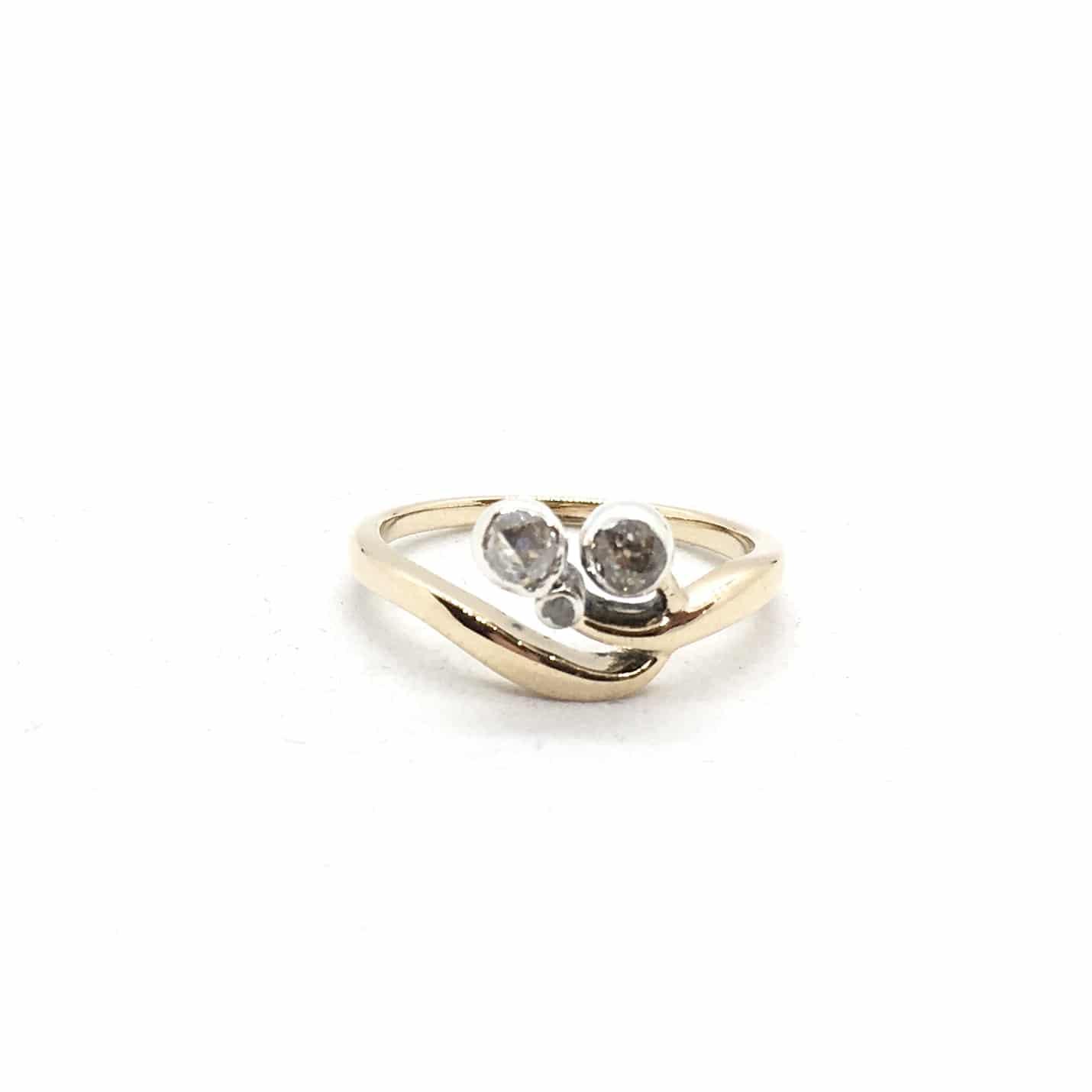 SF71. Szecessziós arany gyűrű gyémántokkal