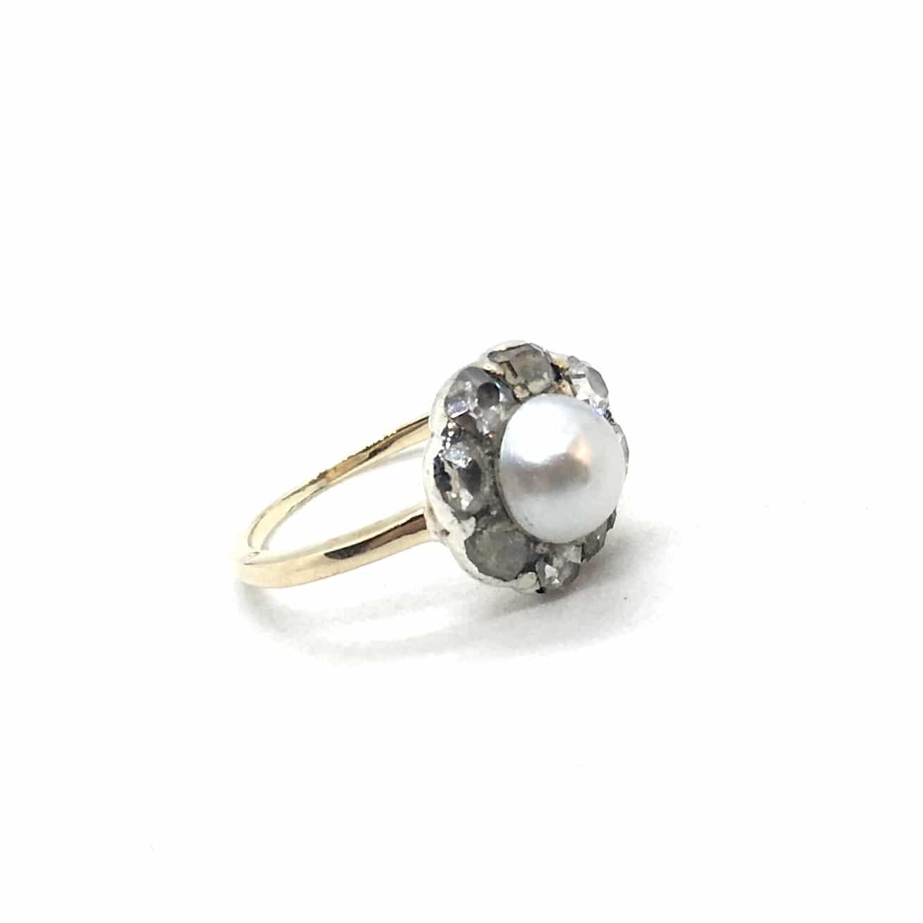 SF128. Art Deco Margaréta Gyűrű Gyémántokkal és Gyönggyel
