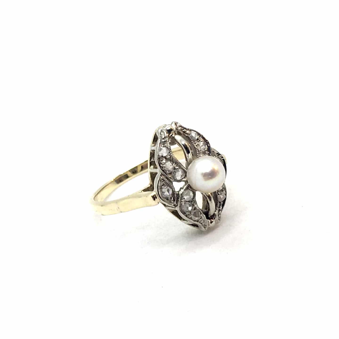 SF129. Art Deco Gyűrű Gyémántokkal és Gyönggyel