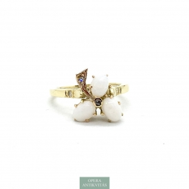 1154. Art Nouveau Gold Ring with Diamonds and Natural Opal